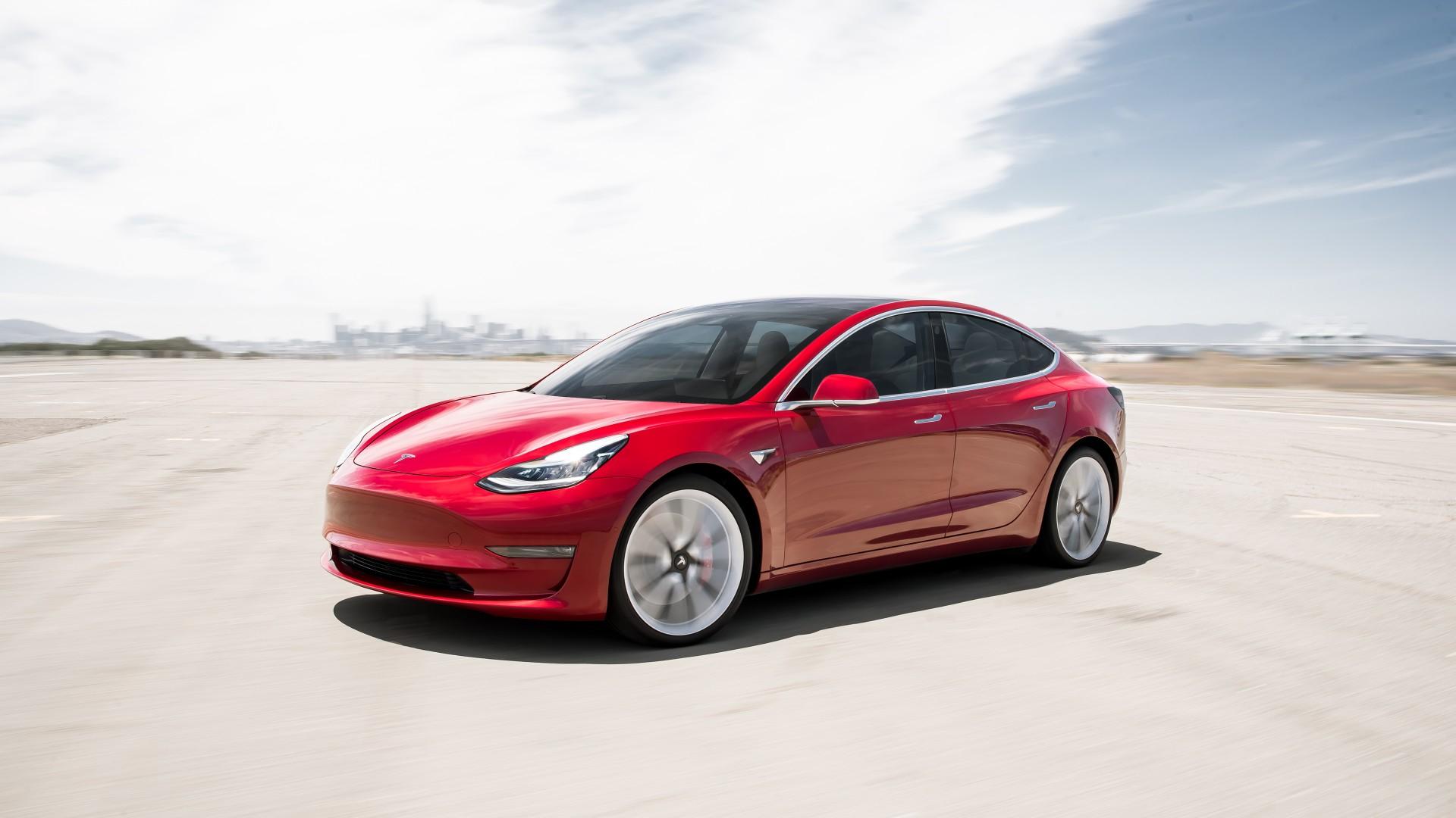 Tesla Model 3 Türkiye'de