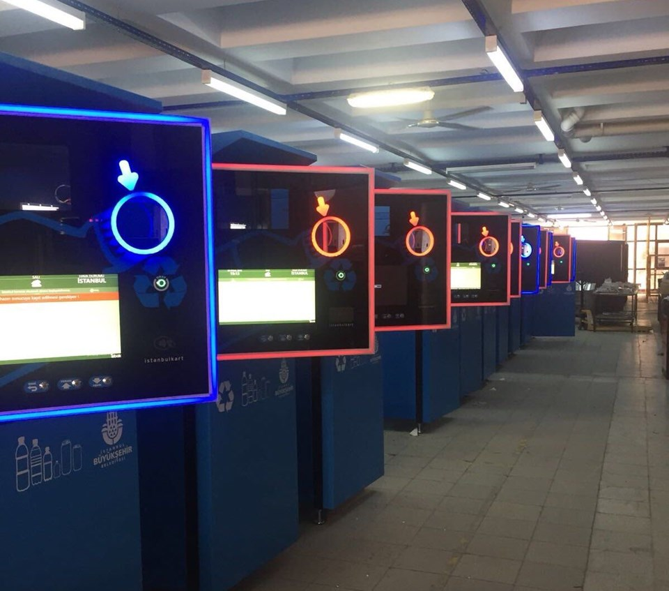 İstanbulkart Pet Şişe Makinesi