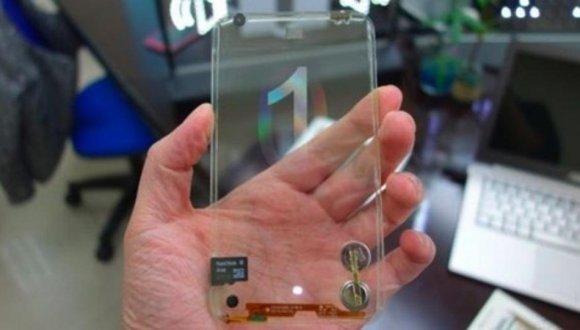 LG Şeffaf Telefon